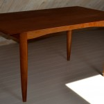 Ib Kofod Larsen / Dining table