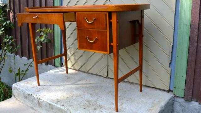 skrivbord-mahogny-50-tal-1