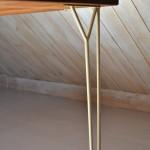 matbord eller skrivbord. Stringbord,massiv teakskiva.