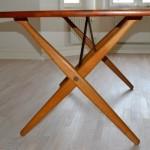 Hans J. Wegner / X table